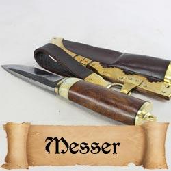 Mittelalterliche Ess- und Gebrauchsmesser für historische Darstellungen