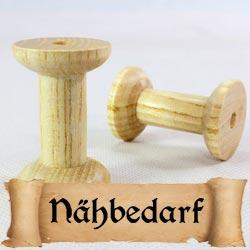 Mittelalterliche Utensilien für Nähen, Nadelbinden und Brettchenweben