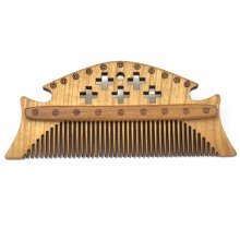 wooden medieval combs