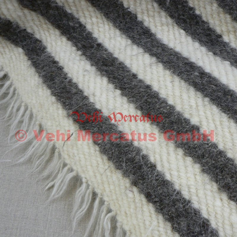 riesen handgewebte wolldecke wollwei grau gestreift 210 x 220. Black Bedroom Furniture Sets. Home Design Ideas