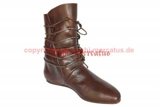 Stiefel 13. Jh