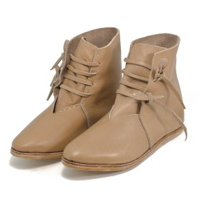 Half-Boots laced with nailed sole natural brown 43